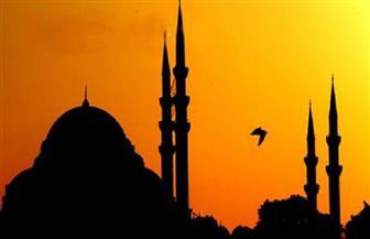 """""""صلوا في بيوتكم"""".. مساجد الشرق الأوسط توحد الأذان وسط بكاء المؤذنين وخوف الناس"""