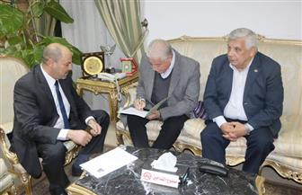 محافظ جنوب سيناء يستقبل مدير مستشفى شرم الشيخ الجديد | صور