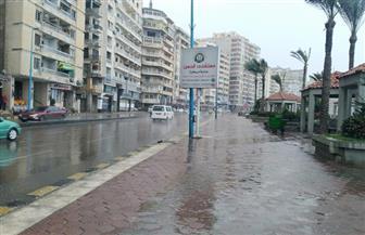 أمطار غزيرة وصقيع يضربان الإسكندرية وإغلاق الميناء لليوم الثالث| صور