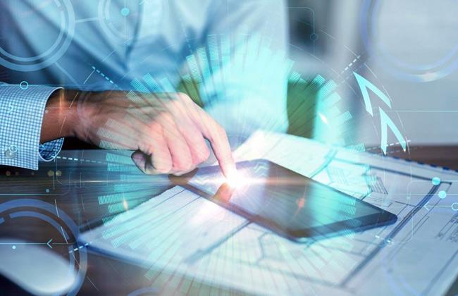 قدمتها باحثة مصرية.. دراسة تناقش  تبني الخدمات الحكومية الرقمية في الإمارات والعالم  -