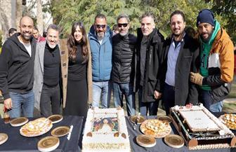"""ياسمين عبدالعزيز وفتحي عبدالوهاب يحتفلان ببدء تصوير """"الملكة"""""""