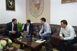 جامعة سوهاج تبحث سبل التعاون مع شركة صينية لإنتاج البرمجيات الجغرافية