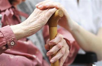 """تخفيض سن شهادة """"رد الجميل"""" لـ65 عاما بمناسبة اليوم العالمي لكبار السن"""
