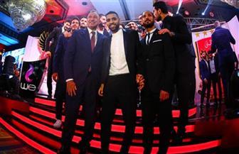 الأهلي يدعم مؤمن زكريا في حفل التتويج بدرع الدوري
