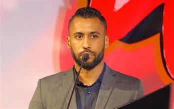 حسام عاشور: الأهلي تخطى جميع الصعوبات ولا يقبل غير المركز الأول
