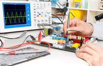 ضبط شركة للصناعات الإلكترونية بالوراق غير مرخصة بداخلها 3756 جهازا كهربائيا مقلدا