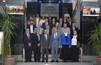 رئيس وكالة الفضاء المصرية: تصنيع أول قمر صناعي بالتعاون مع جامعة الزقازيق | صور
