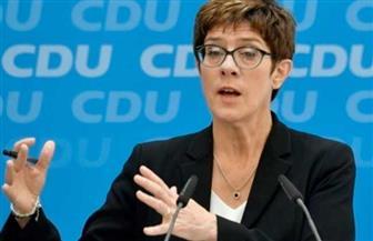 وزيرة الدفاع الألمانية تحذر من إنشاء منطقة احتلال تركية في سوريا