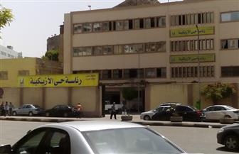 حي الأزبكية ينظم حملات لمتابعة التزام المحال بمواعيد الفتح والغلق الجديدة