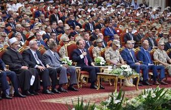 الرئيس السيسي: لا يوجد تحد يؤثر على مصر ومستقبلها.. وخدوا بالكم من بلدكم