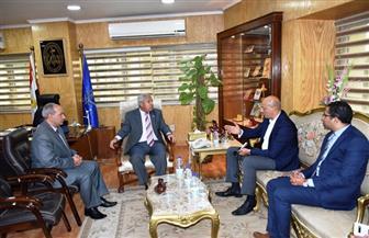 محافظ أسوان يستقبل وفد وزارة الخارجية استعدادا لتنظيم منتدى للسلام والتنمية | صور
