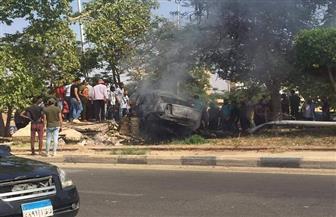 مصرع 3 أشخاص إثر اصطدام سيارة بسور خرساني بمنطقة الشروق | صور