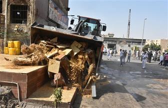 رفع مخلفات البناء بالمدينة ومن الأحياء المختلفة بالقاهرة الجديدة| صور