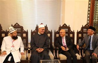 """""""أمين البحوث الإسلامية"""" يلتقي وفدا إندونيسيا ويبحثان سبل التعاون العلمي المشترك"""