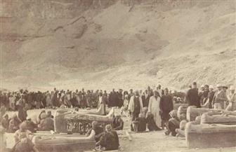 بينهما 118 سنة.. صورة التوابيت الفرعونية من خبيئة كهنة آمون لاكتشاف العساسيف الأخير