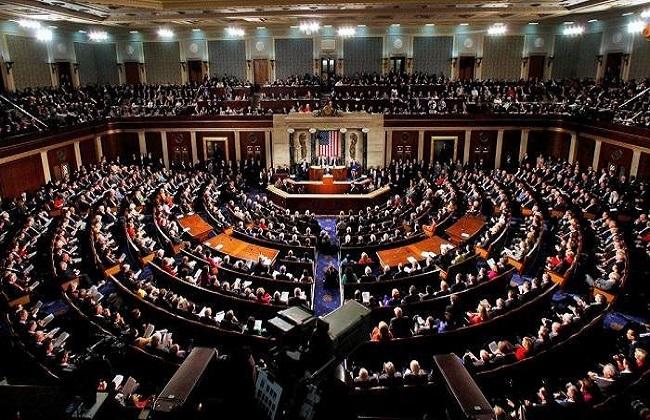 مجلس الشيوخ  الأمريكي يوافق علي تعيين إيمي كوني قاضية بالمحكمة العليا للولايات المتحدة
