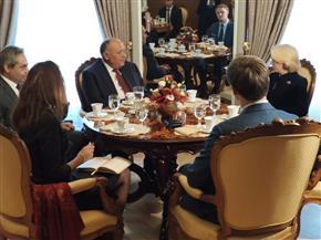 تفاصيل لقاء وزير الخارجية برئيسة البرلمان اللاتفي| صور