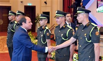 الرئيس السيسي يصدق على تعيين خريجي الدفعة الأولى من كلية الطب العسكري
