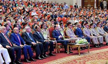 وصول الرئيس السيسي لمقر حفل تخريج الدفعة الأولي بكلية طب القوات المسلحة