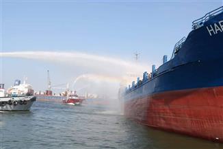 حريق محدود على سفينة بميناء دمياط