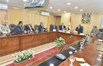 محافظ أسيوط يلتقي الرئيس التنفيذي لمجموعة العربي لبحث إقامة مجمع صناعي