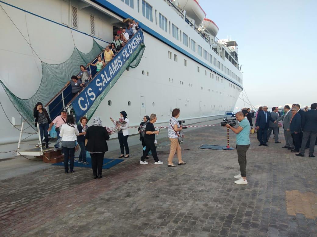 ميناء الاسكندرية يستقبل أولى السفن السياحية هذا الموسم