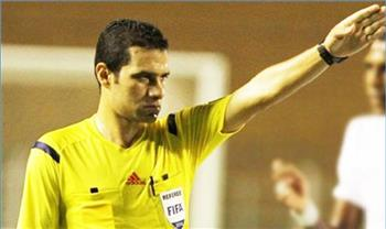 ما سر قلق الزمالك وجماهيره من محمود البنا حكم مباراة المقاولون؟