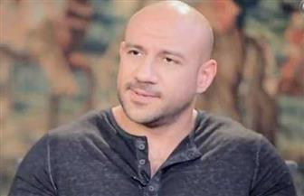 أول تعليق لأحمد مكي بعد وفاة والده