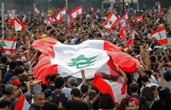 آلاف اللبنانيين يواصلون مظاهراتهم ضد الطبقة السياسية لليوم الثالث على التوالي