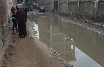 حلول سريعة لعلاج مشكلة طفح مياه الصرف بشوارع منطقة الرحاب ببورسعيد