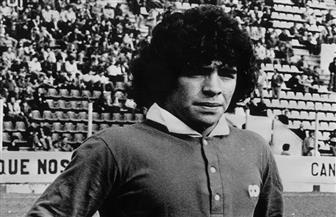 """الفيفا يحتفل برقم """"مارادونا"""" القياسي عام 1976"""