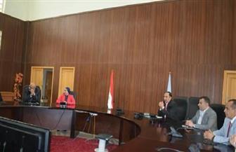 أمين عام التنمية المحلية يستعرض أهم مشروعات محافظة البحر الأحمر | صور