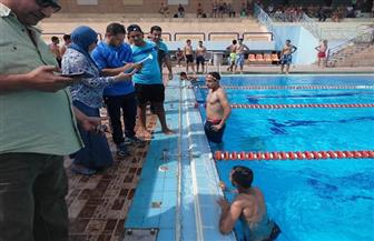جامعة سوهاج تختتم بطولتها للسباحة بمشاركة 120 طالبا | صور