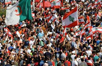 الحكومة اللبنانية تجتمع في وسط احتجاجات تعم البلاد