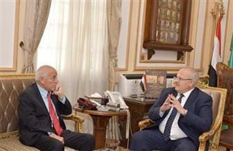 رئيس جامعة القاهرة: العالم فاروق الباز يمثل علامة كبيرة وذات قيمة بالعالم | صور