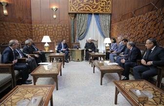 """الإمام الأكبر لـ""""سفراء مصر بالخارج"""": عليكم دور كبير في دعم جهود الأزهر لمحاربة التطرف والإرهاب"""