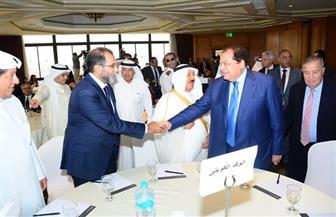 تيسيرات كبيرة .. أبو العينين يدعو الكويت إلى الاستثمار فى المناطق الاقتصادية بمصر | صور