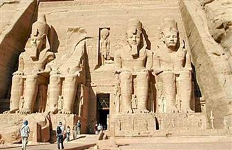 اليوم يبدأ الموسم الشتوي في مصر القديمة.. الشمس تتعامد على وجه الملك رمسيس الثاني| صور
