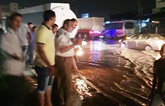 صعوبات في الحركة المرورية نتيجة هطول الأمطار بعدد من مراكز الشرقية| صور