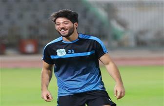 لاعب بالنادي المصري يتعرض لحادث سير وتحطم سيارته