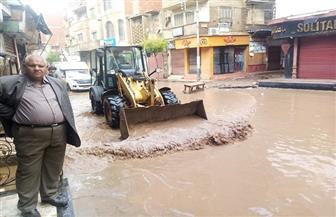 رئيس مركز الشهداء بالمنوفية: تشكيل غرفة عمليات للتواصل مع المواطنين لسرعة رفع مياه الأمطار