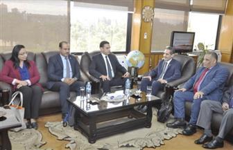 رئيس جامعة قناة السويس يستقبل لجنة تقييم الجامعات المصرية | صور