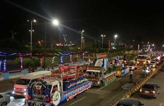 عربات الزهور تجوب السويس احتفالًا بالعيد القومي   صور
