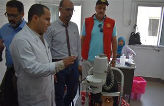 جهاز مدينة الشروق يشارك في تنظيم قافلة طبية مجانية للكشف على أمراض الرمد  صور