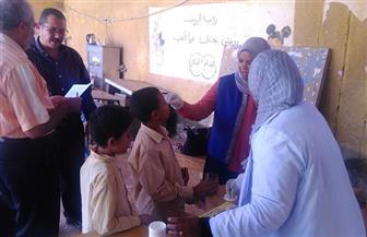 أعطاء 73 ألف مواطن جرعات ضد البلهارسيا في أسوان | صور