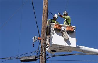 كاليفورنيا تواجه أكبر حالة انقطاع للتيار الكهربائي وسط حالة الطوارئ
