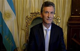 توقعات بشأن هزيمة رئيس الأرجنتين أمام مرشح المعارضة