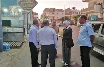 فى أول يوم عمل.. رئيسة مدينة سفاجا في مرور مفاجئ على سوق الخضار وشوارع المدينة