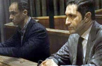 """اليوم.. محاكمة علاء وجمال مبارك في """"التلاعب بالبورصة"""""""