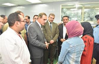 محافظ أسيوط يتفقد تدريب طلاب التعليم الفني بمصانع منطقة عرب العوامر الصناعية | صور